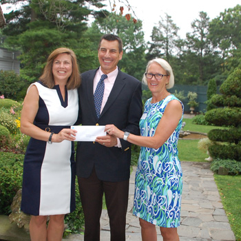 Community Fund of Darien Awards Grant to Child Guidance Center of Southern Connecticut